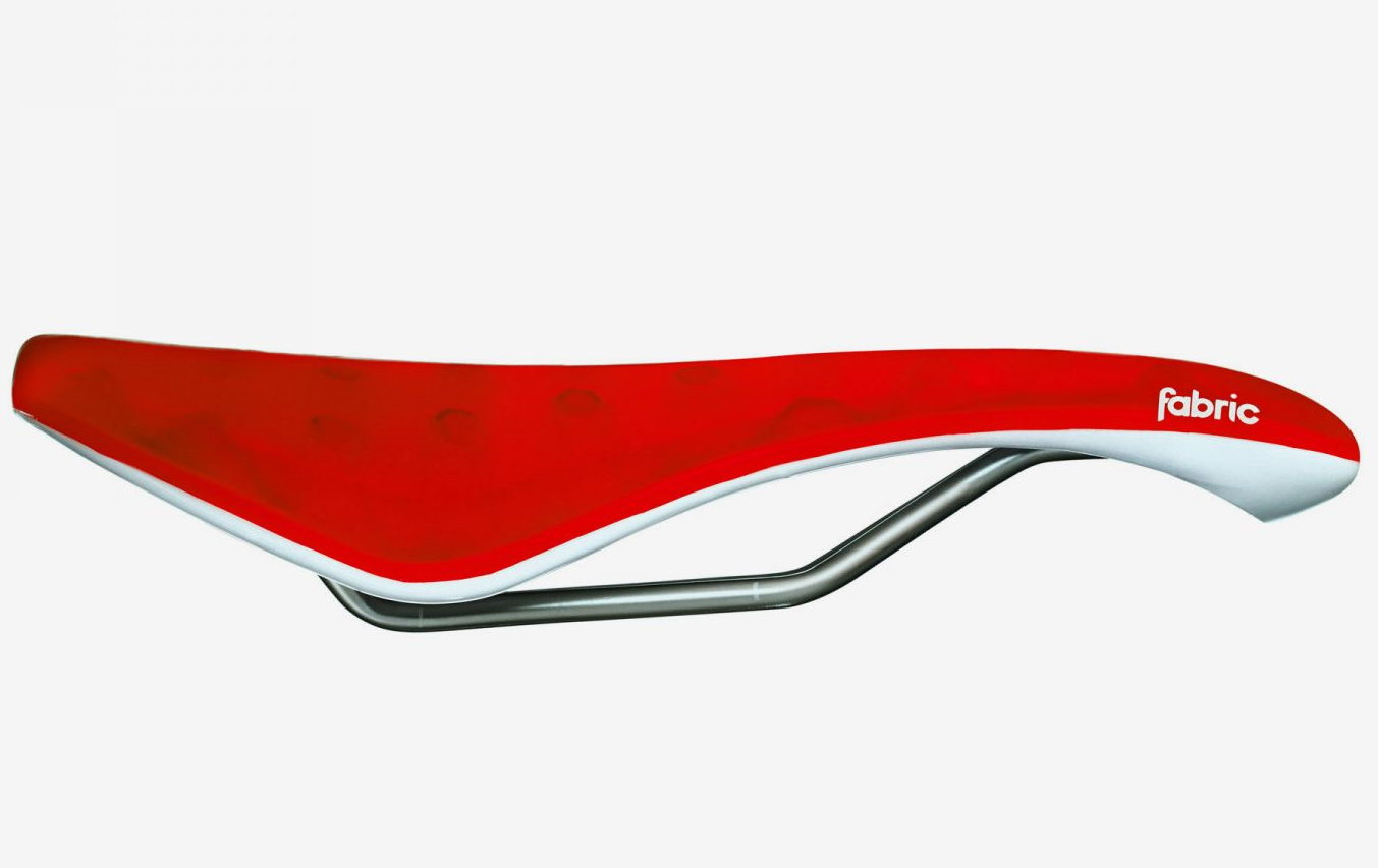 Fabric Fietszadel verchroomde rail 355 gram Rood- / Cell Elite Radius Saddle RDW 155mm